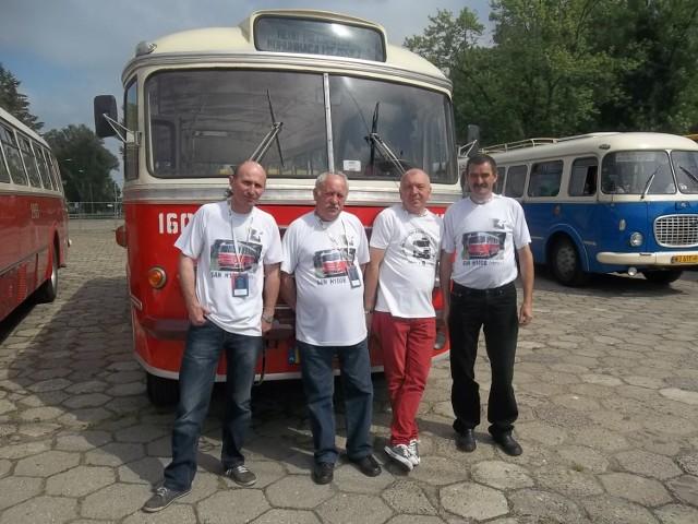 Zabytkowy kaliski SAN H100B zachwycał w weekend mieszkańców Warszawy