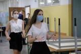 W piątek (31 lipca) wyniki egzaminu ósmoklasisty. Czeka na nie ponad 20 tys. nastolatków z województwa łódzkiego