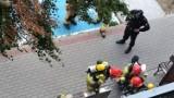 Inowrocław. Strażacka akcja przy wieżowcu na osiedlu Rąbin w Inowrocławiu. Na szczęście to nie był pożar tylko ćwiczenia. Zobaczcie zdjęcia