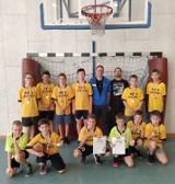 Uczniowie Szkoły Podstawowej nr 2 w Oleśnicy mistrzami powiatu w mini koszykówce