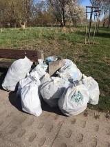 Światowy Dzień Ziemi w Rumi. Mieszkańcy zebrali kilkadziesiąt worków śmieci