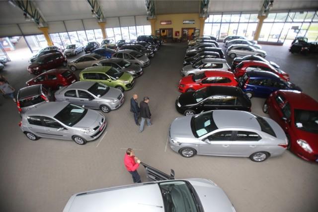 Zobaczcie najnowsze ogłoszenia. Oto samochody do 10 tys. zł w Kujawsko-Pomorskiem!  OGŁOSZENIA NA KOLEJNYCH STRONACH >>>>>