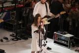 Bytom: Koncert Roksany Węgiel w galerii Agora [ZDJĘCIA]. Przyszły prawdziwe tłumy!