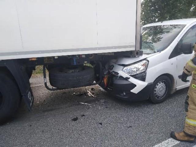 Wypadek w Bikówku na drodze krajowej numer 50.