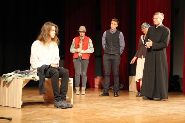 Strzygoń i kościół - przedstawienie w Ustroniu