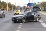 Wrocław. Dziecko i kobieta ranni wypadku na ul. Krakowskiej przy Selgrosie [ZDJĘCIA]