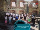 Bezpieczne wakacje na zamku w Siewierzu. Policjanci spotkali się z najmłodszymi