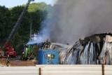 Po pożarze przy Trakcie św. Wojciecha w Gdańsku Oruni. Spłonęła hala magazynowa. Pracownicy firmy CDP Meble składają podziękowania