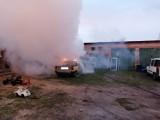 Pożar samochodu w Andrzejowie pod Zduńską Wolą ZDJĘCIA