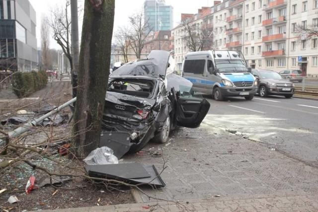 Mimo szybkiej akcji ratunkowej, kierowca zmarł