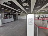 Lotnisko w Pyrzowicach gotowe na wznowienie lotów. Nowe zasady dla pasażerów. Pomiar temperatury, zakaz wejścia do terminali, dezynfekcja