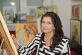 Wystawa dorobku artystycznego Anety Początek w Biurze Promocji i Turystyki w Wolsztynie