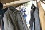 Namiot z ciepłymi ubraniami w Legnicy [ZDJĘCIA]