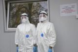 Żołnierki z WOT pobierały wymazy w krotoszyńskim szpitalu