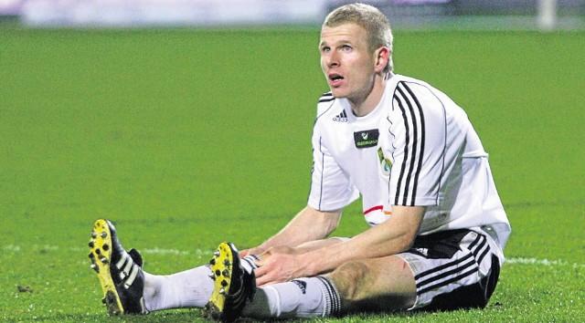Dawid Nowak wciąż nie wie, gdzie i czy w ogóle będzie grał w rundzie jesiennej piłkarskiej ekstraklasy