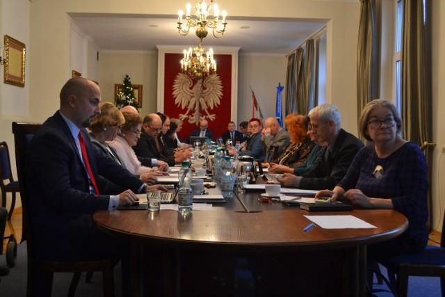 Rada Miejska w Lublińcu podczas sesji 20 grudnia 2018.