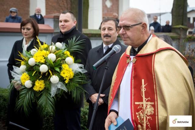 Ks. Ireneusz Sikora odchodzi z funkcji proboszcza parafii pw. Wszystkich Świętych w Grocholicach