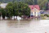 Poziom wody w Odrze w Krośnie Odrzańskim coraz wyższy. Burmistrz Cebula: Jesteśmy przygotowani. Co z zabezpieczeniem przeciwpowodziowym?