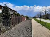 W Pruszczu Gdańskim powstają łąki kwietne. Będą także domki dla pszczół i park kieszonkowy