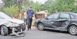 Grojec, ulica Beskidzka: zderzenie dwóch samochodów