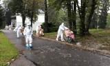 Rok z pandemią koronawirusa w Wadowicach: łamanie obostrzeń na religijnych uroczystościach, paraliż w DPS, kolejki do szczepień [ZDJĘCIA]