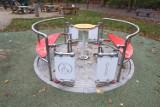 Plac zabaw dla dzieci na wózkach inwalidzkich. W stolicy powstało wyjątkowe miejsce rozrywki dla maluchów