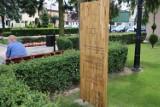 Trzy tablice upamiętnią skępskich Żydów. Zamontowano ostatnią na Rynku w Skępem