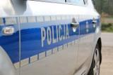 Pawłów: 21-latka uderzyła w drzewo i dachowała na ul. Gamowskiej