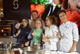 Katowice: Mateusz Gessler i finaliści MasterChef Junior wspólnie gotowali w Silesia City Center [ZDJĘCIA]