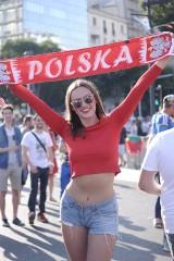 Seksowne kibicki i zalew biało-czerwonych barw na meczu Polska - Portugalia Euro 2016! [ZDJĘCIA]