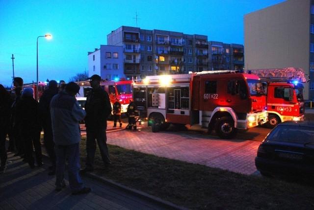 Podopieczni św. Floriana w akcji podczas niedawnego pożaru wieżowca przy ul. Wyspiańskiego w Zgorzelcu