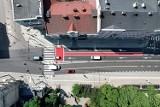 Al. Racławickie w Lublinie już prawie na mecie. Największa drogowa inwestycja miasta jednak z dwumiesięcznym poślizgiem. Zobacz