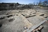 Sensacja archeologiczna w Błoniu pod Warszawą. Odkryto pozostałości XIII-wiecznego klasztoru [ZDJĘCIA]