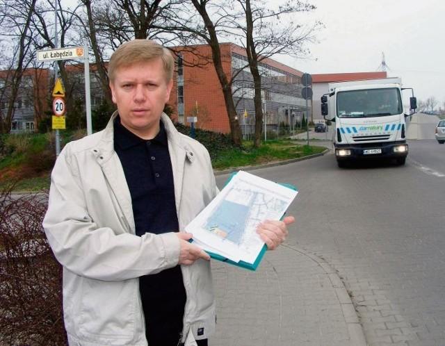 Według Grzegorza Niewiadomskiego centrum handlowe zwiększy ruch na ulicy Sosnowej