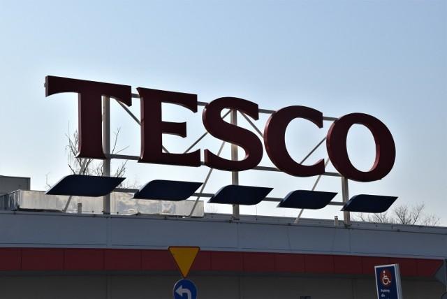 Tesco likwiduje supermarket w Kaliszu i zapowiada grupowe zwolnienia