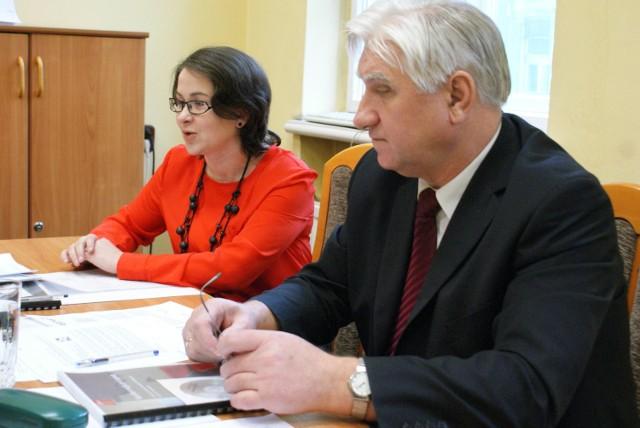 PIH w Kaliszu podsumowała 2013 rok. O wynikach poinformowali: Agnieszka Karbowska i Waldemar Wilczyński
