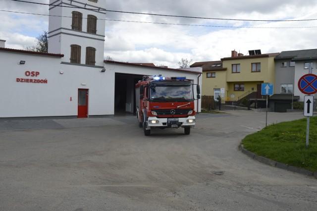 Strażacy z Dzierzgonia wyjeżdżają do kolejnego wezwania
