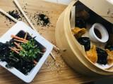 Festiwal Azjatycki Jemy w Domu 2020 rozpoczęty. Restauracje z Łodzi przygotowały azjatyckie dania [MENU, CENA, ZDJĘCIA]