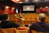 Bez popcornu, ale otwarte. Kina i teatry zapraszają widzów. Poznaj repertuar