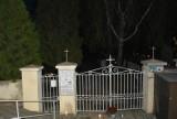 Tak wyglądały nekropolie zamojskie 1 listopada. Mieszkańcy pozostali w domach, wspominając bliskich zmarłych [ZDJĘCIA]