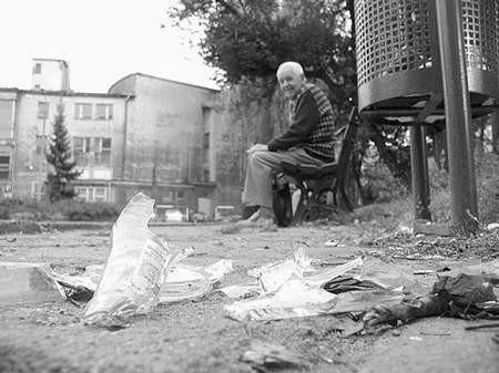 Jaki jest odzysk materiałów wtórnych? - zastanawiają się mieszkańcy. Foto: MAGDALENA CHAŁUPKA