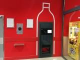 Kaufland w Toruniu płaci bonami za szklane butelki. Jakie opakowania i za ile możemy tam oddać?