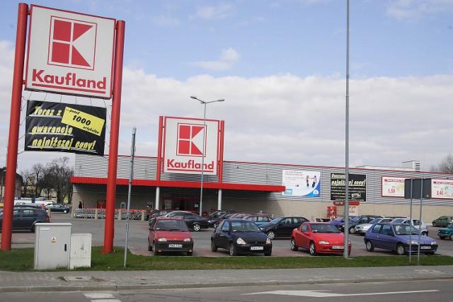 Mniej więcej w taki sposób prezentują się markety sieci Kaufland. Bardzo prawdopodobne, że jeden z nich zostanie wybudowany przy ul. św. Wojciecha lub ul. Żwirki i Wigury. Decyzja jeszcze nie zapadła.