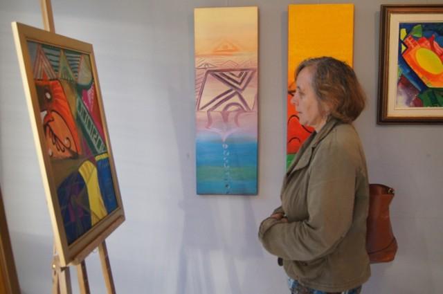 Wystawa Maryli Violetty Kwiatkowskiej otwarta w MDK w Radomsku