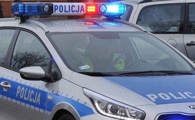 Policja ustala, co było przyczyna wypadku (zdjęcie ilustracyjne)