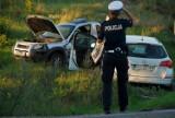 Wypadek na trasie między Chojnicami a Rytlem. Kierowca jechał zbyt szybko, ranna została kierująca drugim autem