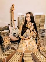 Casollie to muzyczny pseudonim Oliwii Kasprzyk z Chodzieży