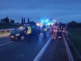Wypadek na obwodnicy Opola. Kierująca oplem zawracała. Wtedy wjechał w nią dodge [ZDJĘCIA]