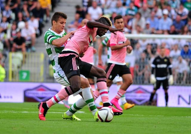 Paul Pogba, francuski wirtuoz piłki pochodzenia gwinejskiego, w Juventusie Turyn piłkarsko dojrzał. Teraz jest piłkarzem Manchesteru United