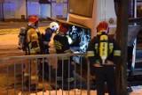 W centrum Skierniewic zapalił się autobus. Interweniowały dwie jednostki straży